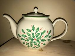 Lenox Holiday Dimension Teapot - Holly and Berry - 40 oz.