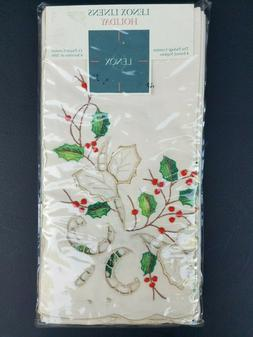 New Lenox China Holiday Napkins Set Of 4 Embroidered Cutwork