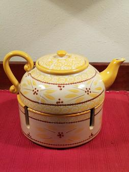 Temp-tations by Tara Old World Yellow Teapot 1.5 Qt. complet